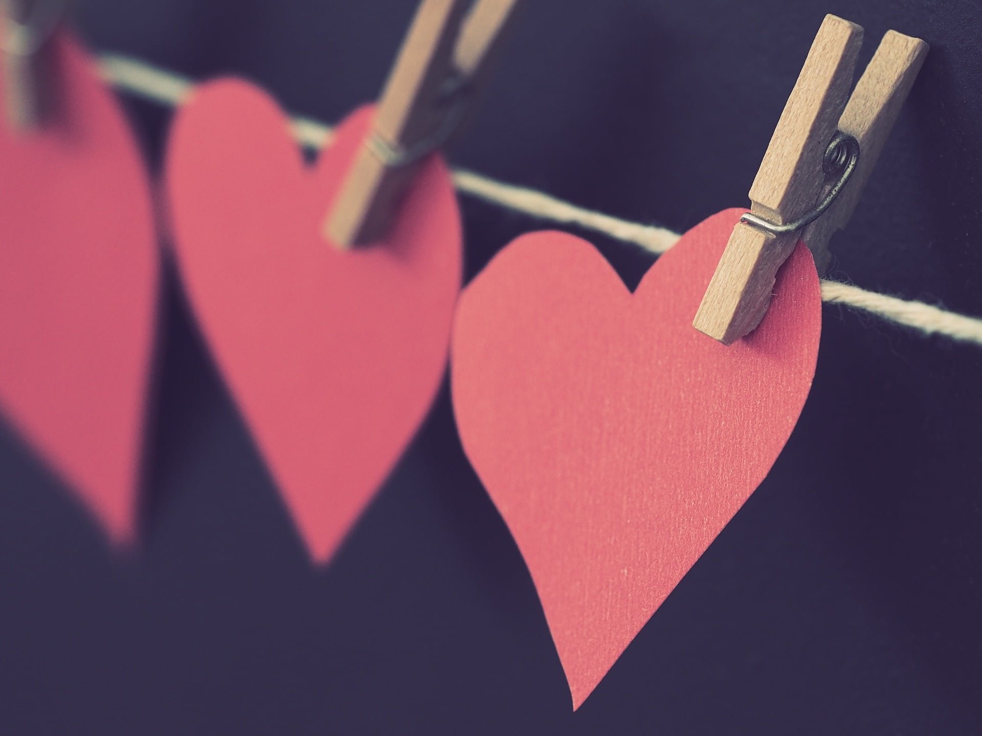 hearts on a clothesline
